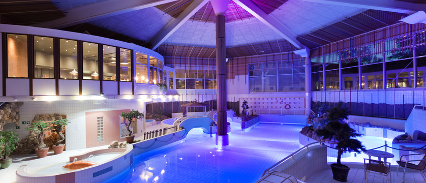 Saariselka_HolidayClub_Pool.jpg